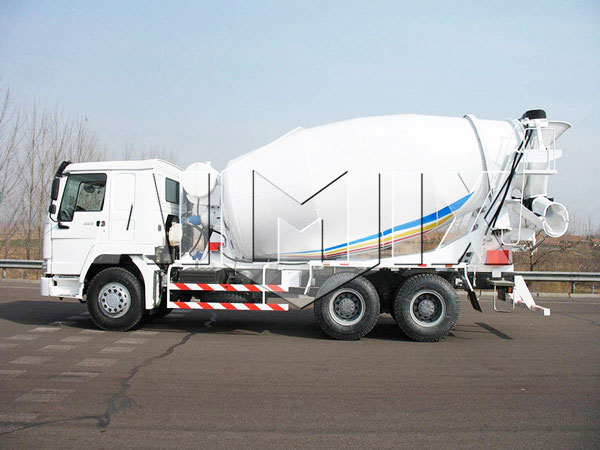 14m³ dry mix concrete truck