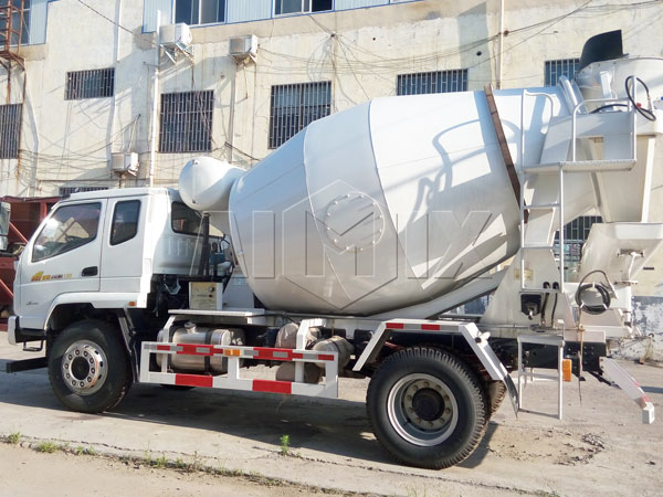 6m³ concrete mixer agitator