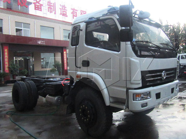Dongfeng chassis 4*2