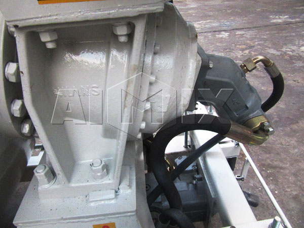 hydraulic system of concrete mixer drum