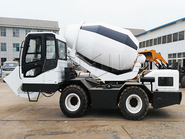 3m³ self loading mixer concrete