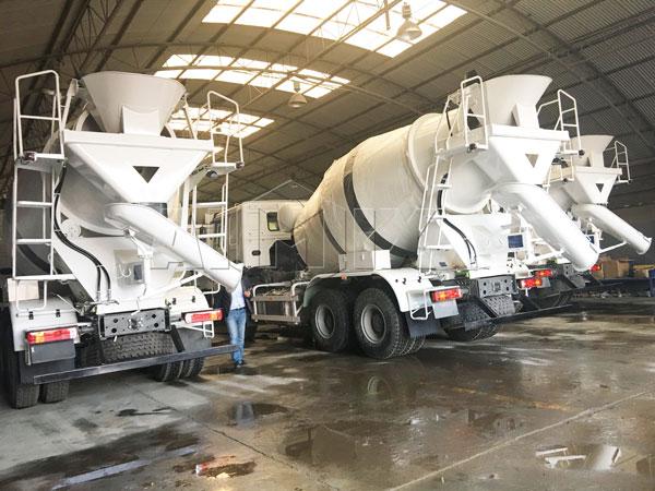 Caminhão betoneira 8m³