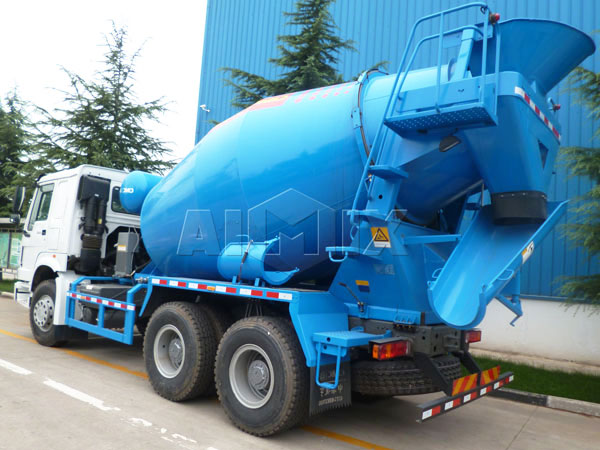 8m³ concrete mixer agitator
