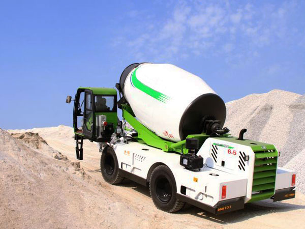 1.8 cub self loading mobile concrete mixer