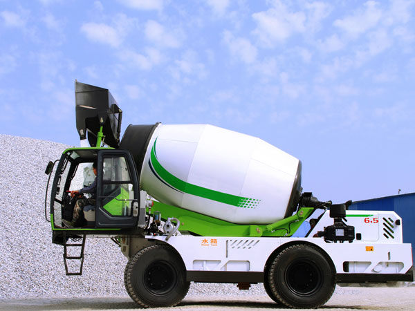 2.6 self loading transit mixer