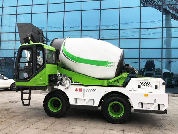 3.2 cub self loading concrete mixer truck