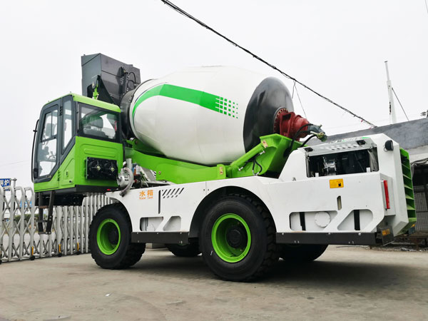 4.0 cub self loading concrete mixer truck